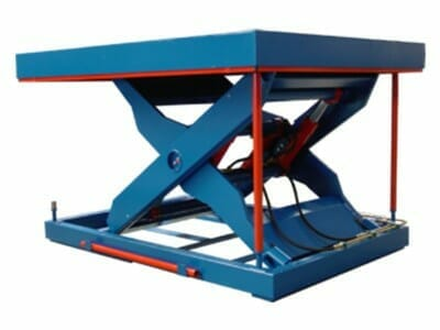 Figure Scissor stroke table in blue