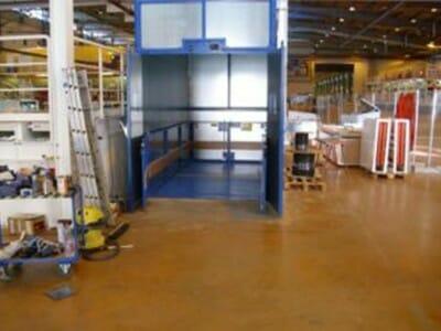 Foto Vrachtlift open