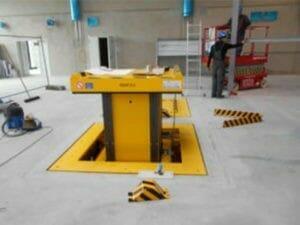 Underfloor lift (elevator)