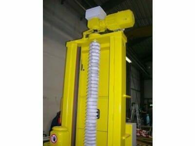 Bogie lifting system