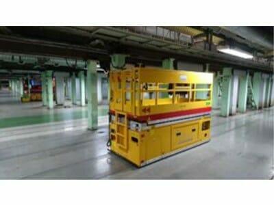 Arbeitshubwagen in einem ICE-Werk (insgesamt 70 Stück)