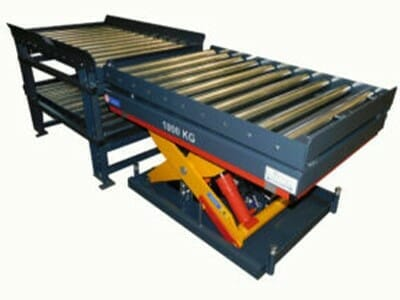 Photo Lifting table with conveyor technology in dark blue