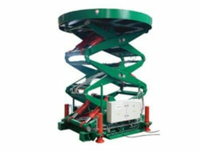 Figure Scissor stroke table round in green