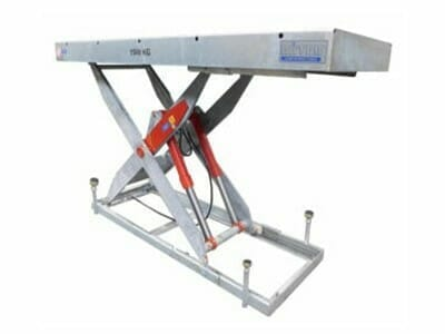 Figure Scissor stroke table in grey