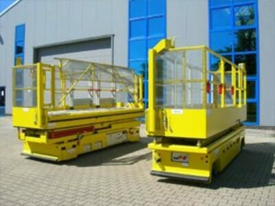 Mobile Dacharbeitsbühne (flurfahrbar)
