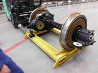 Transport wheel set via change pallet