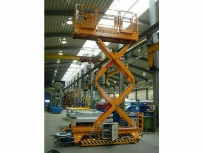 Movable lifting platforms in orange