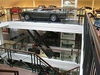 Foto Auto aansluitingen in een winkel