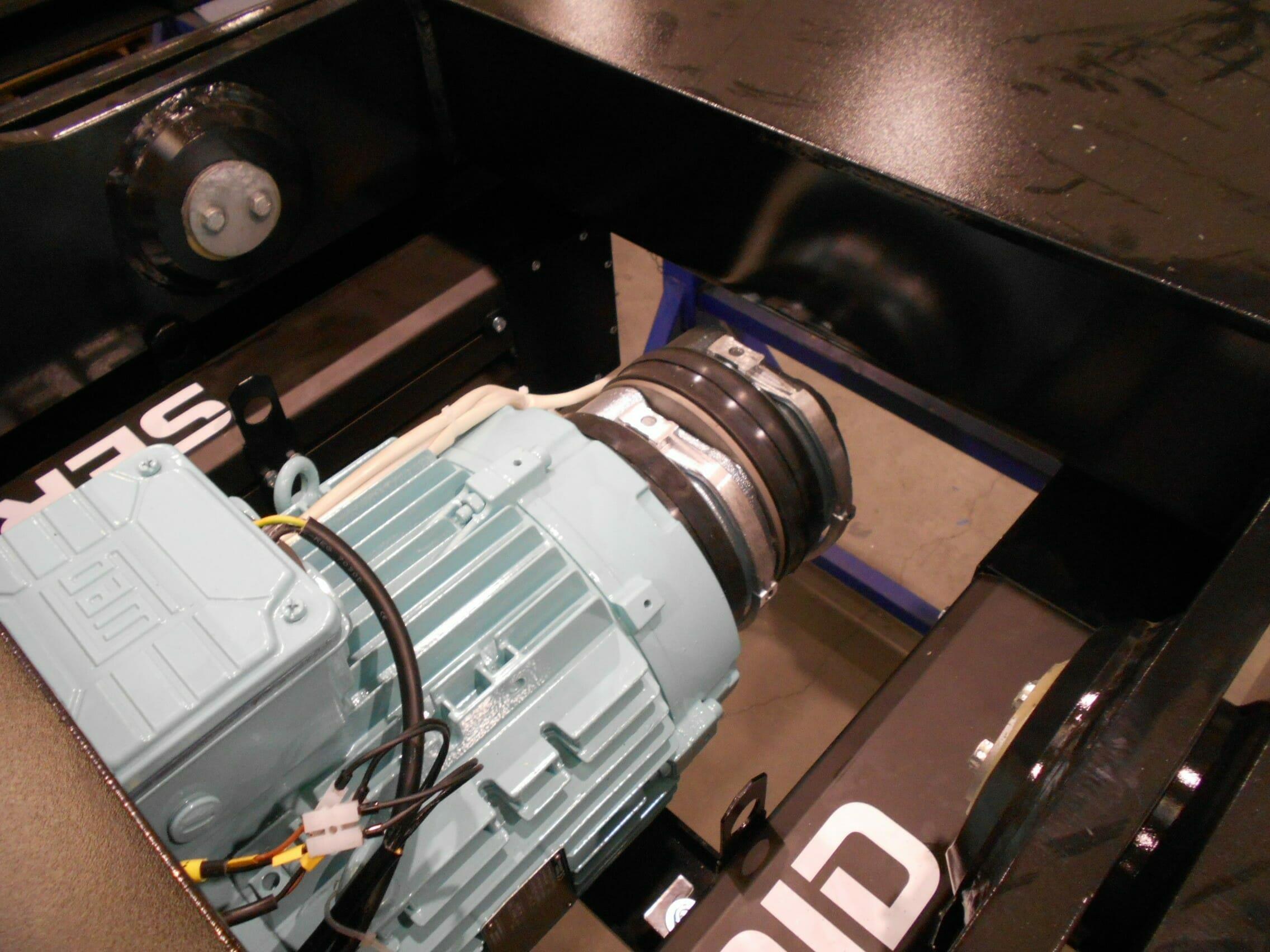 Illustratie van mechanisch aangedreven hijstafel elektrische motor