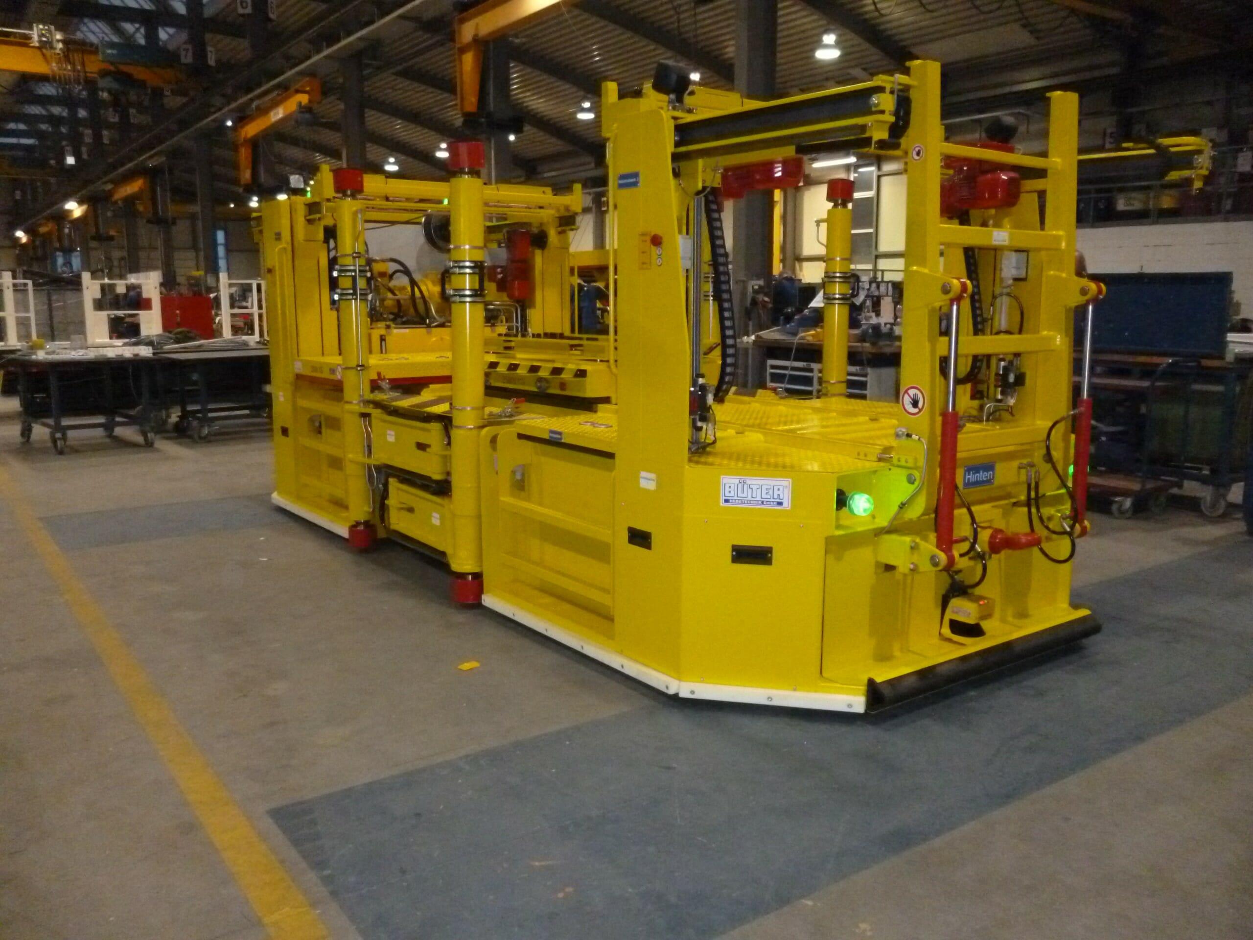 Schwerlasttransporter Sonderfahrzeuge in gelb